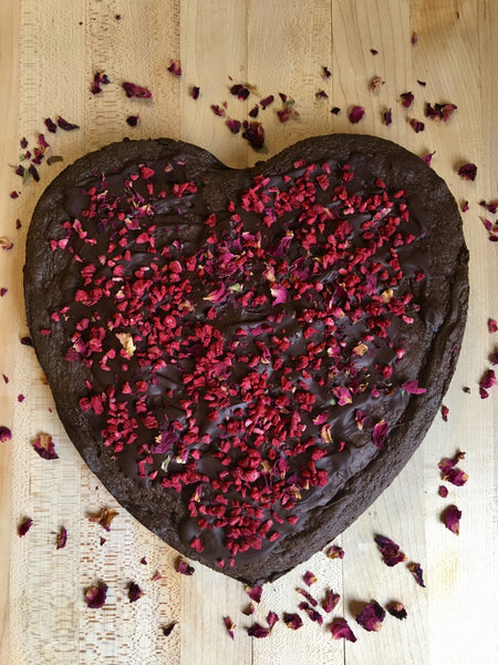 Heart-shaped brownie (Vegan)