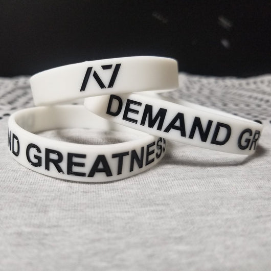 DEMAND GREATNESS WRISTBAND