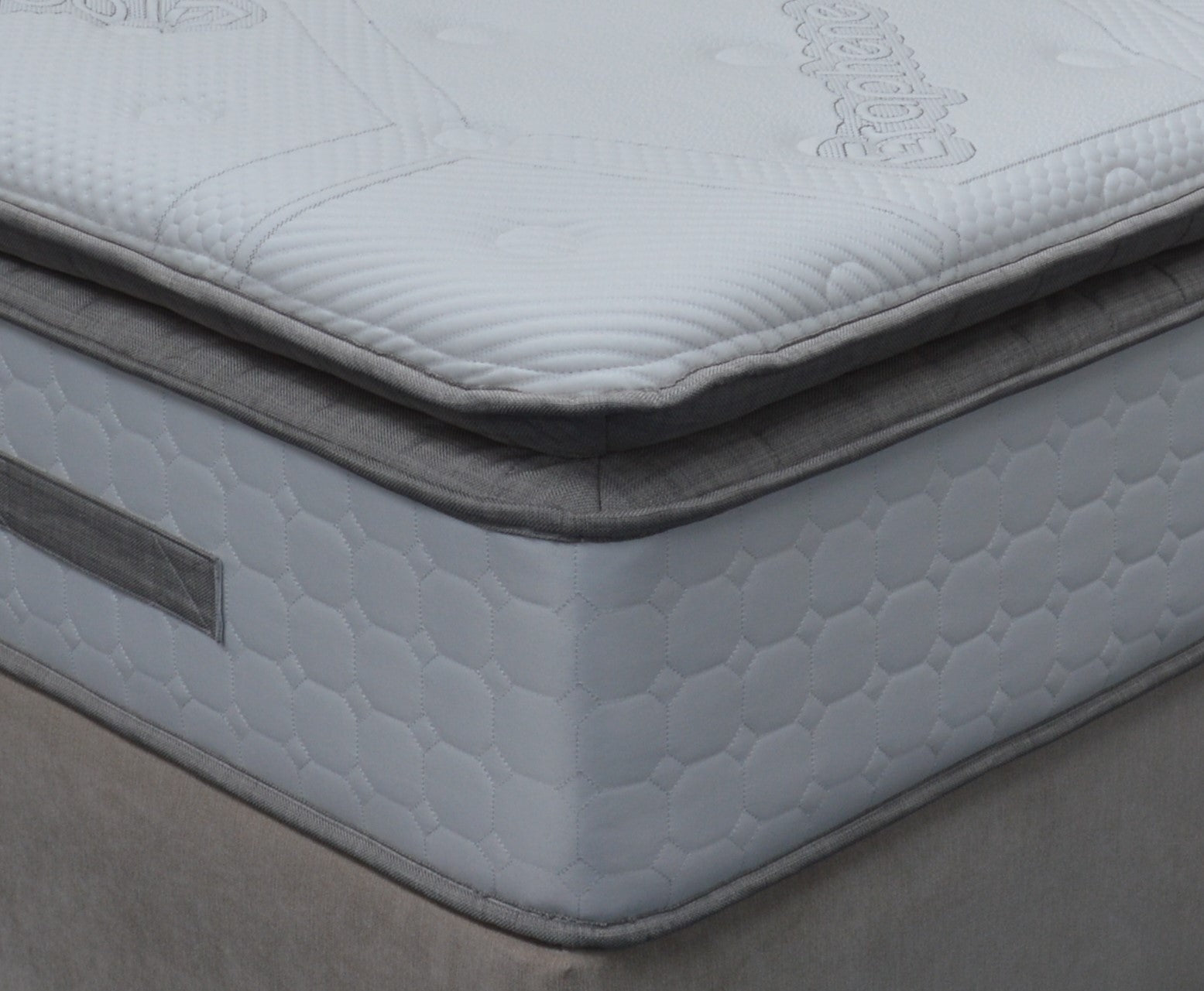DFI  Graphex   3000  Pocket Sprung Ultra Plush Mattress