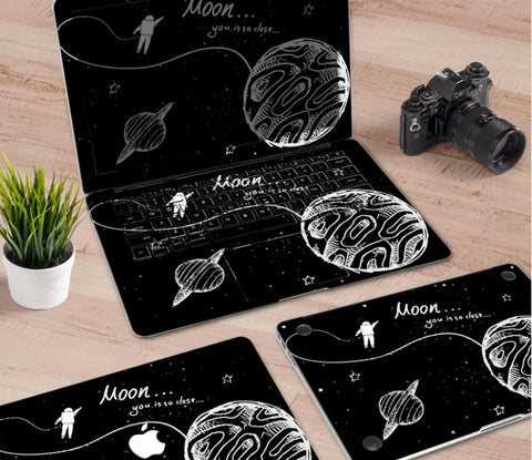 Macbook Decal Skin | Paint Collection - Astronaut4 - Case Kool