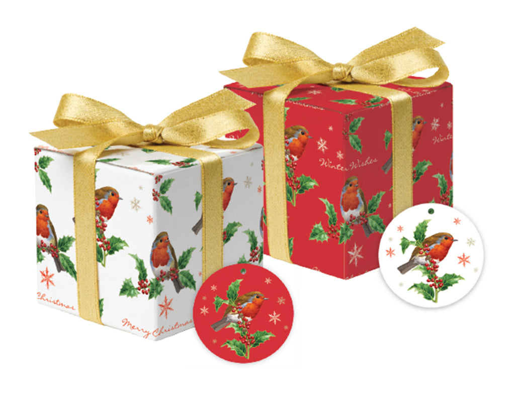 The Holly and the Robin Gift Wrap