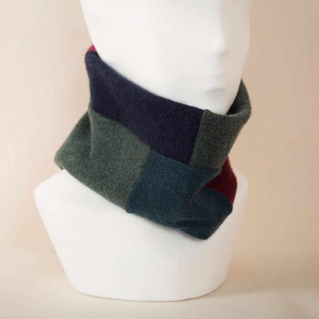 Turtle Doves Midnight Garden Cashmere Neckwarmer