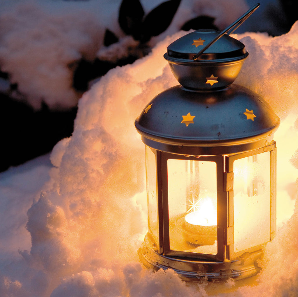 'Tea Lantern in the Snow' Christmas Card