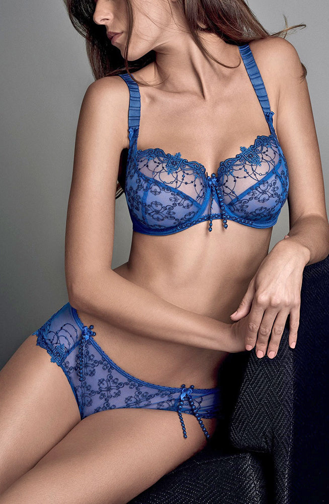 royal blue laced bra and brief set