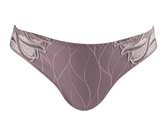 Louisa Bracq - Julia Brief - Braun