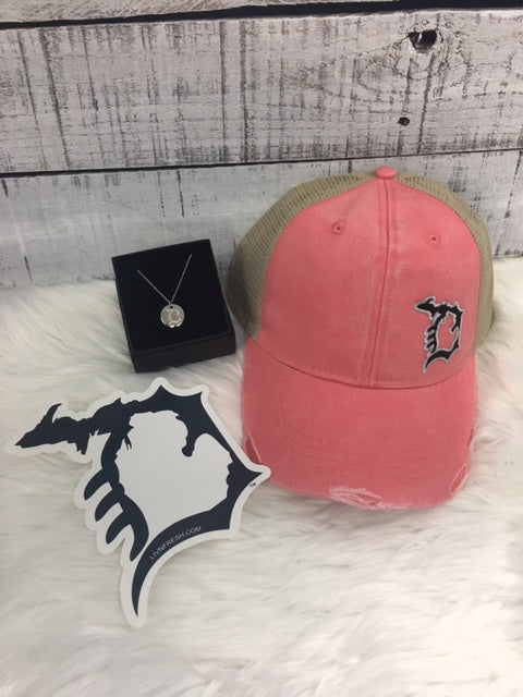Michigan D Womens Hat and Necklace Gift Package NEW