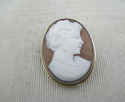 Beautiful Vintage Carved Cameo Brooch/ Pendant in Sterling with Gold Wash
