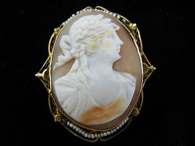 Beautiful Vintage Convertible Cameo Brooch/ Pendant 10k Yellow Gold with Pearls