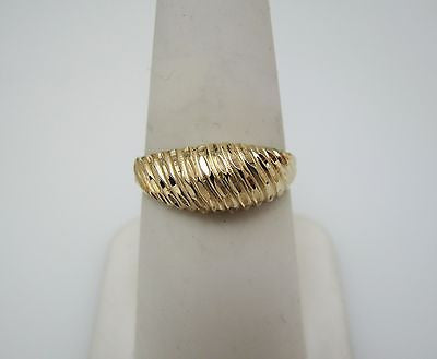 Beautiful 14k Yellow Gold Domed Ribbed Ring