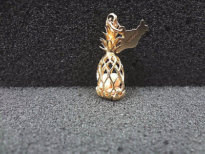 14k Yellow Gold Pineapple Charm or Pendant with a Hawaii tag