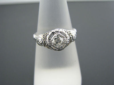 Beautiful Vintage Diamond Ring & Side Roses in 18k White Gold From the 1920's