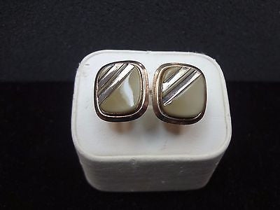 Vintage Gold tone Cuff links with a Brown/Gray stone featuring two Stripes