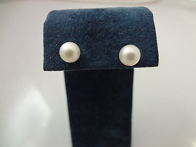 Beautiful Lusterous Pearl Studs on 14k Yellow Gold