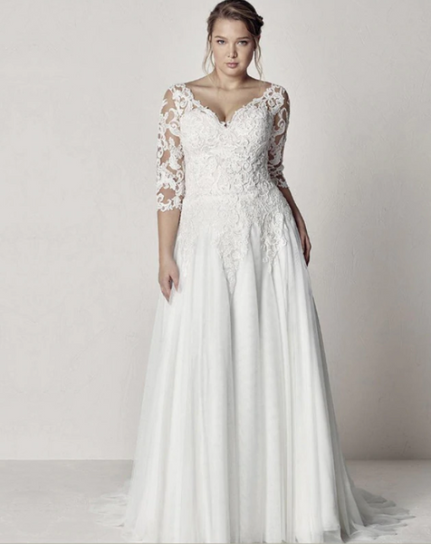 Three Quarter Sleeve Tulle Wedding Gown with Illusion Lace Sleeves