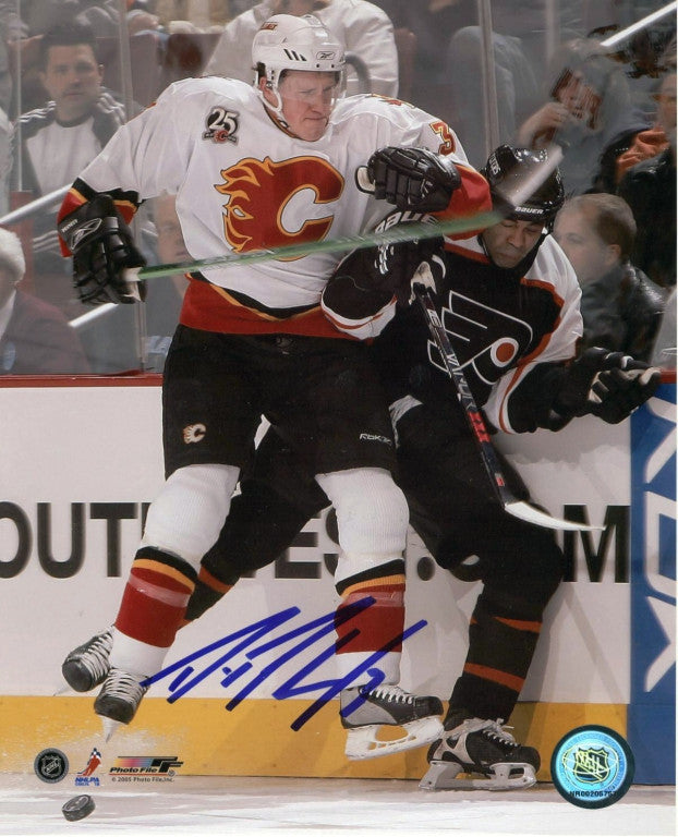 Dion Phaneuf Calgary Flames Autographed 11x14 Photo