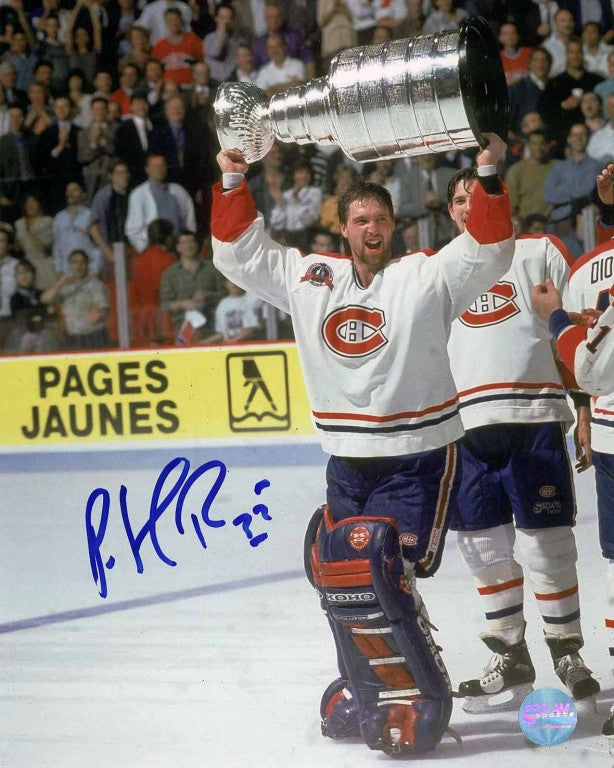 Patrick Roy Montreal Canadiens Autographed 16x20 Photo