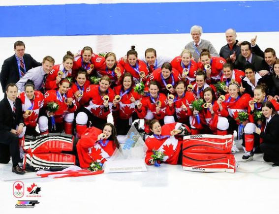 Team Canada Women 2014 Gold Medal Unsigned 8x10 Photograph