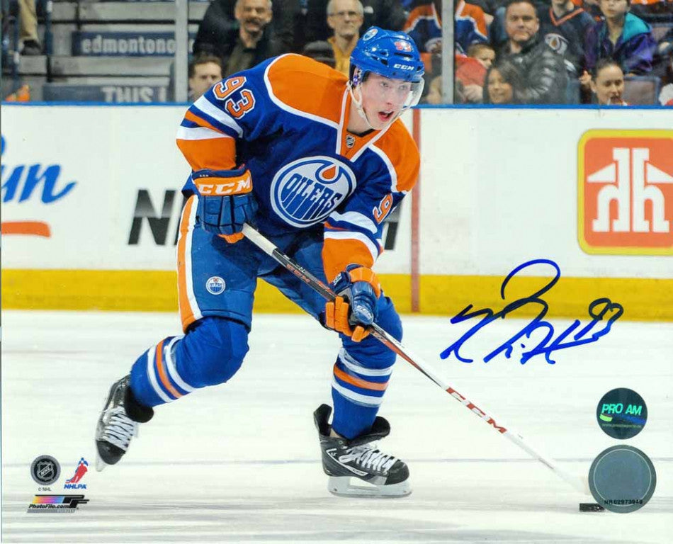 Ryan Nugent-Hopkins Edmonton Oilers Horizontal Puck Move Signed 8x10 Photo