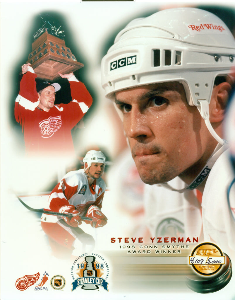 Steve Yzerman Detroit Red Wings 8x10 Photograph