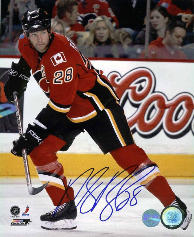 Robyn Regehr Calgary Flames Autographed 8x10 Photo