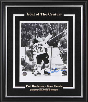 Paul Henderson Team Canada Autographed 16x20 Framed Photo