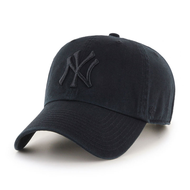New York Yankees Black on Black '47 Clean Up Cap