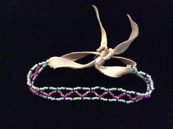 Child's zigzag bracelet