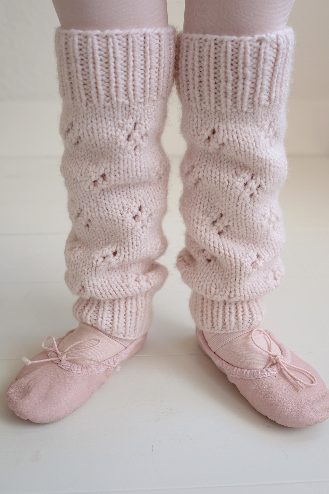 Eyelet Pattern Toddler Leg Warmers