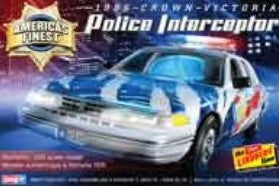 Lindberg Model Cars 1/25 1996 Crown Victoria Police Interceptor Car Kit