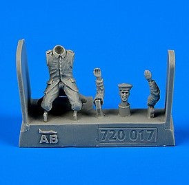 Aerobonus Details 1/72 WWI German/Austro-Hungarian Aircraft Mechanic 1914-18 (Kneeling) Kit