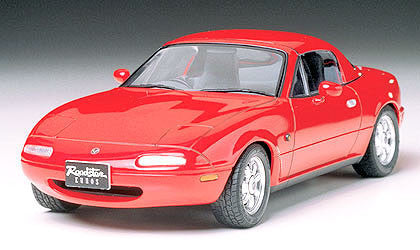 Tamiya Model Cars 1/24 Mazda Eunos Roadster Kit