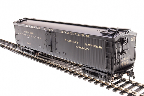 Broadway Limited Imports HO GACX 53.6' Wood Express Reefer KCS #1404