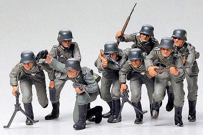 Tamiya Military 1/35 German Assault Troops (8 Figures) Kit
