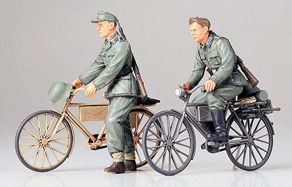 Tamiya Military 1/35 German Soldiers w/Bicycles Kit