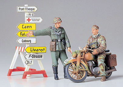 Tamiya Military 1/35 German Motorcycle Orderly Set Kit