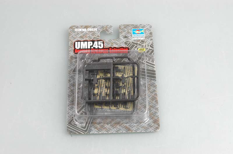 Trumpeter Military Models 1/35 UMP.45 Universal Submachine Guns (4) Kit