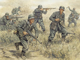 Italeri Military 1/72 WWII German Infantry (50 Figures) Set