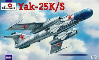 A Model From Russia 1/72 Yak25K/S Soviet 2-Seater Fighter w/RS1U Missiles Kit