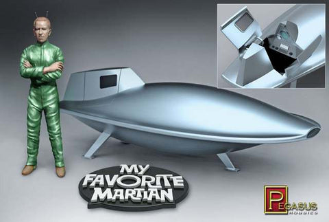 Pegasus Sci-Fi 1/18 My Favorite Martian: Uncle Martin & Spaceship Kit