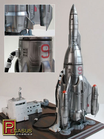 "Pegasus Sci-Fi 1/350 Mercury 9 Rocket Ship (13-1/2"" Tall) Kit"
