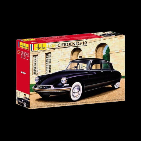 Heller Model Cars 1/16 Citroen DS19 4-Door Car Kit