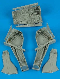 Aires Hobby Details 1/32 F105 Wheel Bay For TSM