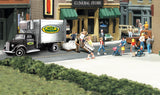Woodland Scenics HO Autoscene Chip's Ice Delivery Truck w/Figures
