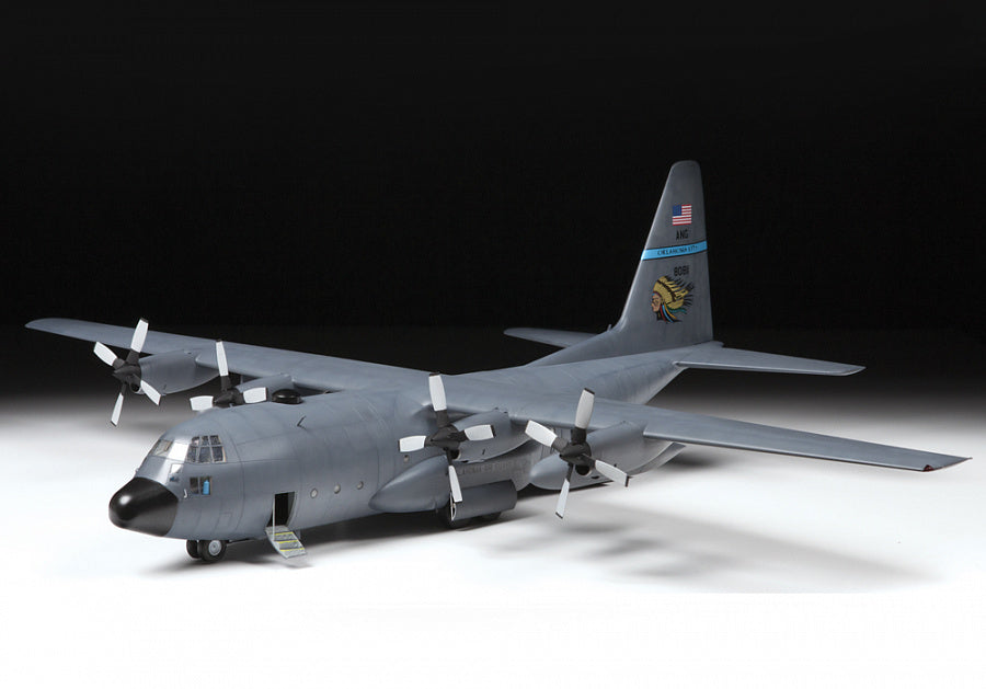 Zvezda Aircraft 1/72 USAF C130H Heavy Transport Aircraft (New Tool) Kit