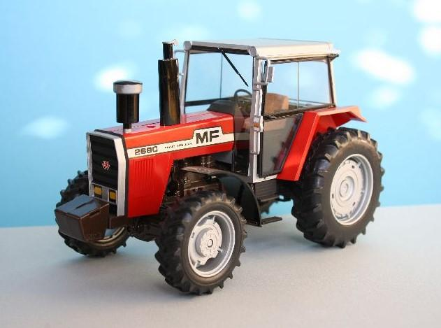 Heller Model Cars 1/24 Massey Ferguson 2680 Farm Tractor Kit