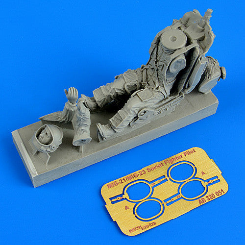 Aerobonus Details 1/32 MiG21/23 Soviet Fighter Pilot w/Ejection Seat