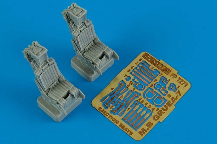 Aires Hobby Details 1/72 MB Gruea 7 (A6E/EA6A) Ejection Seats