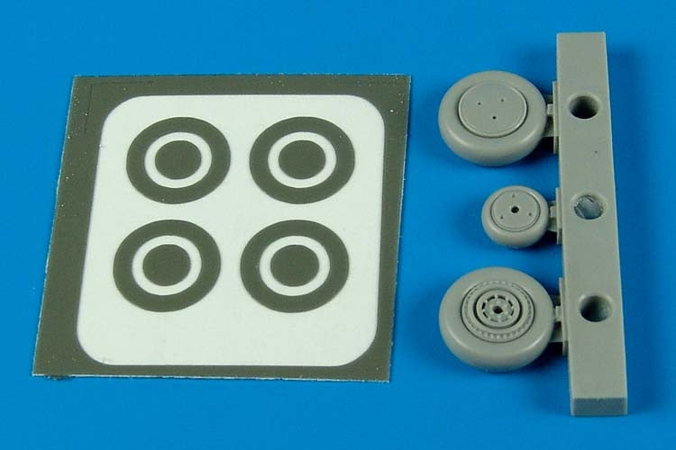 Aires Hobby Details 1/72 P39 Wheels & Paint Masks For ACY