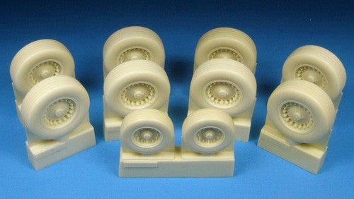 Barracuda Studios 1/48 B1B Lancer Main/Nose Wheel Set for RVL (Resin)