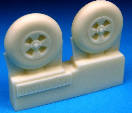 Barracuda Studios 1/72 Hawker Tempest Main Wheels, Smooth Tire (Resin)